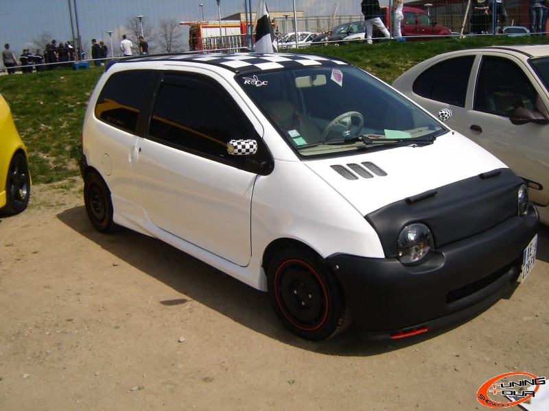 tuning tour renault twingo de 1997. Black Bedroom Furniture Sets. Home Design Ideas