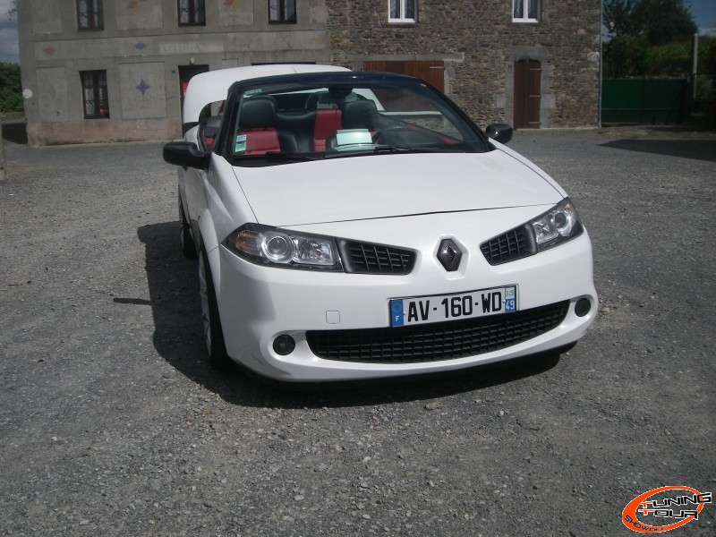 tuning tour renault megane de 2004. Black Bedroom Furniture Sets. Home Design Ideas